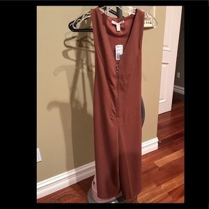 Forever 21  jump suit/SLELS rust brown size small
